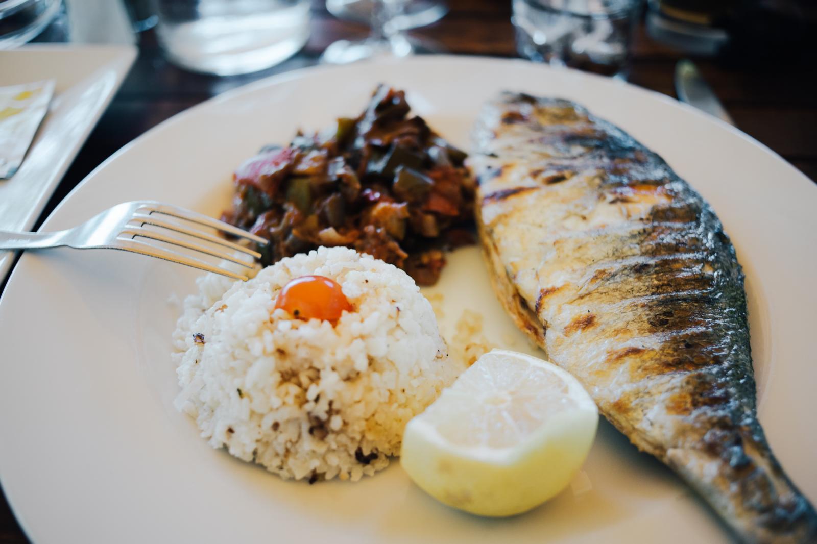 Prise de vue d'un plat au restaurant Au Doyen