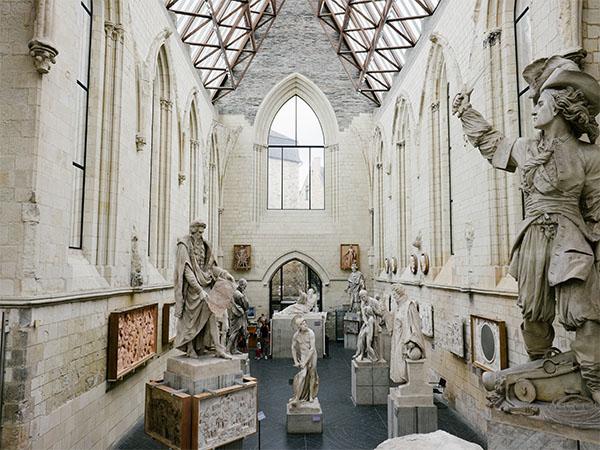 Prise de vue de l'intérieur de la Galerie David - Angers