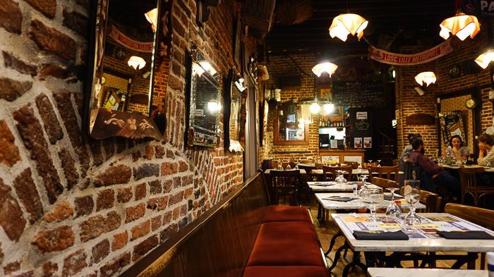 Prise de vue de l'intérieur du restaurant La Pâte Brisée
