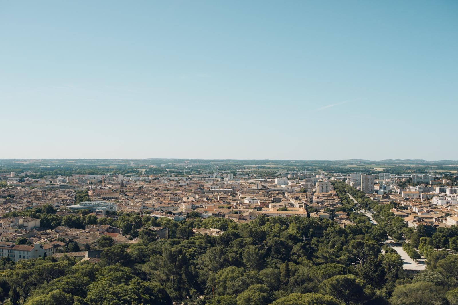 Vue panoramique de la ville de Nîmes